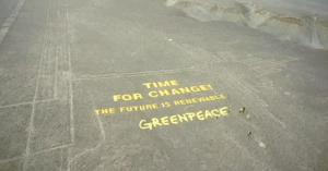 1200x630_291458_giant-greenpeace-protest-banner-set-u