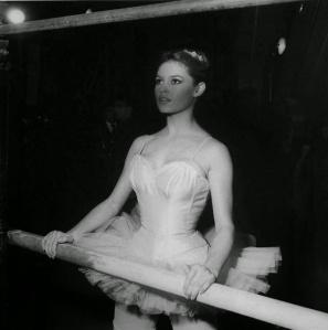 Ballerina (15)