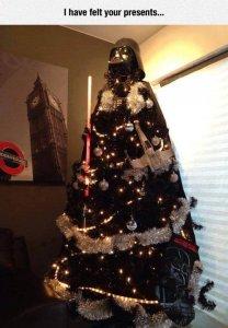 funny-Darth-Vader-helmet-Christmas