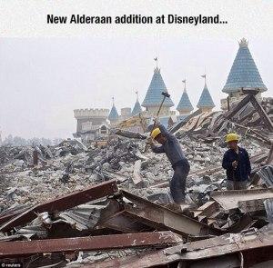 funny-Disney-park-debris-Alderaan-Star-Wars
