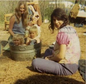America's 1970s Hippie Communes (18)
