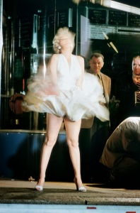 01 Marilyn Monroe on the set of 'The Seven Year Itch.' New York City, 1954