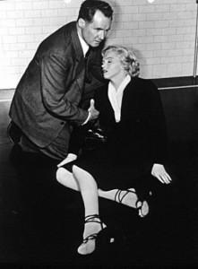 Denis-ODea-and-Marilyn-Monroe-in-Niagara-1953