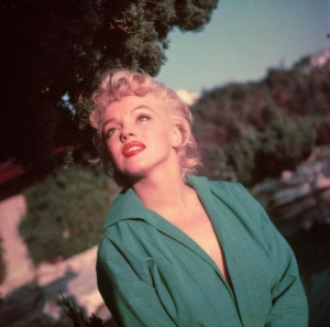Marilyn Monroe in Green Top photographed by Ted Baron in 1954 (5)