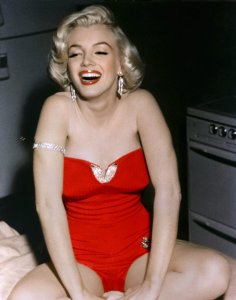 Marilyn-Monroe-Pictures-17-1