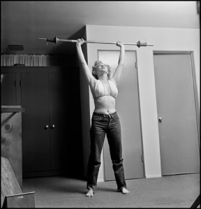 Marilyn Monroe Working Out at the Beverly Carlton Hotel, 1952 (3)