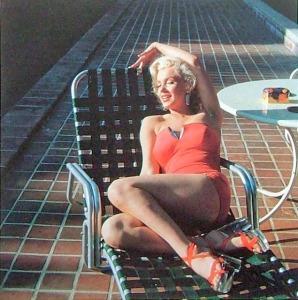 Marilyn+Monroe's+Photoshoots+by+Harold+Lloyd+in+1953+(1)