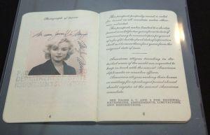 vintage_celebrity_passport_pics_12