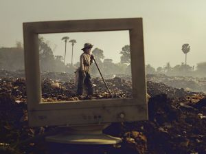 trash-pile-cambodia_91290_990x742