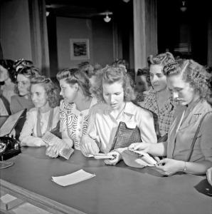 Arlington Farms, 1943 (27)