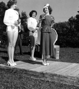 Queen of Hearts, 1949 (4)
