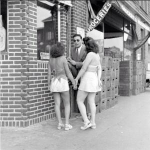 Sam Shere - Rockaway Beach, 1946 (16)