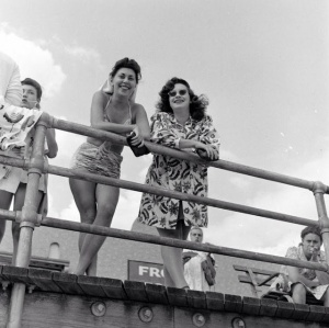 Sam Shere - Rockaway Beach, 1946 (31)