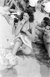 Sam Shere - Rockaway Beach, 1946 (8)