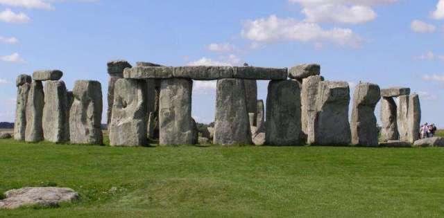 stonehengeis.jpg