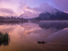vermilion-lakes-sunrise_91863_990x742