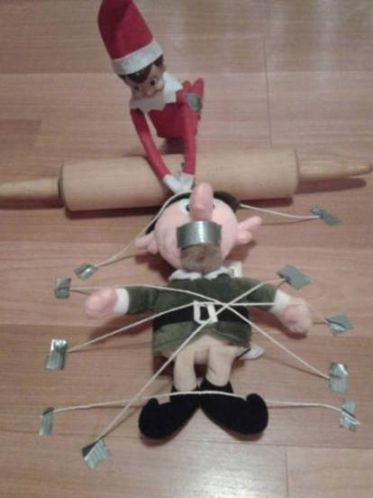 you_can_run_but_you_cant_hide_from_elf_on_the_shelf_640_13