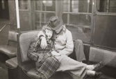 Young couple on the New York subway in 1946 (photo by Stanley Kubrick for Look Magazine)