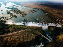 victoria-falls-aerial-ngpc2015_92241_990x742