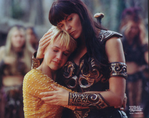Gabrielle-Xena-xena-warrior-princess-3632685-600-474
