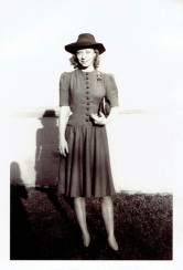 vintage-womens-fashion-1940s-1