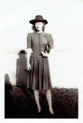 vintage-womens-fashion-1940s-1