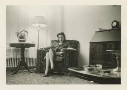 vintage-womens-fashion-1940s-12