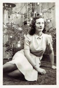 vintage-womens-fashion-1940s-15