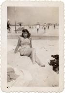 vintage-womens-fashion-1940s-18