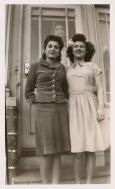vintage-womens-fashion-1940s-26