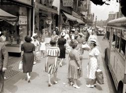 vintage-womens-fashion-1940s-28