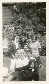 vintage-womens-fashion-1940s-29
