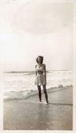 vintage-womens-fashion-1940s-35