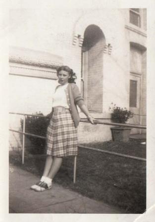 vintage-womens-fashion-1940s-6