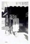 vintage-womens-fashion-1940s-8