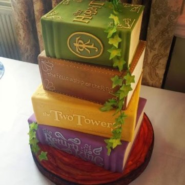 LotR-cake-books-Hobbit