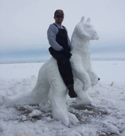 snow_sculptures_20