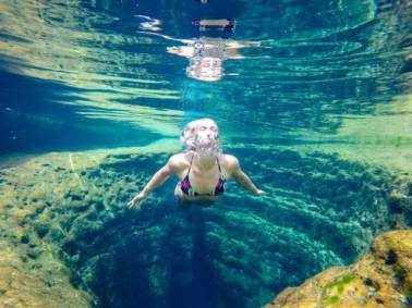 these_photos_of_beautiful_crystal_clear_waters_are_truly_captivating_640_10