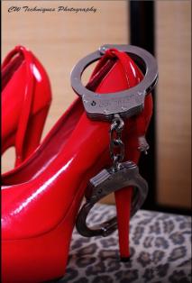shoecuffs