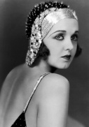 womens-hairstyles-1920s-6