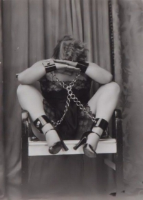 Yva-Richard-bondage-