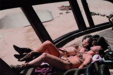 Princess-Leia-Bikini-12-Behind-the-Scenes