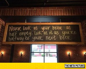 funny-beer-sign-blackboard-empty