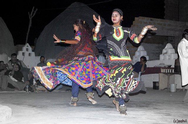 Rajasthan_folk_dance.jpg