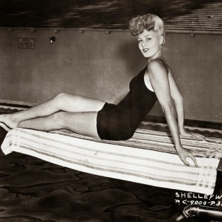 beauties-in-swinsuits-from-between-the-1930s-and-50s-3